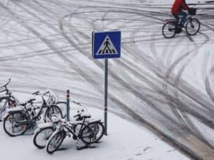 snø sykkel piggdekk vintersykling
